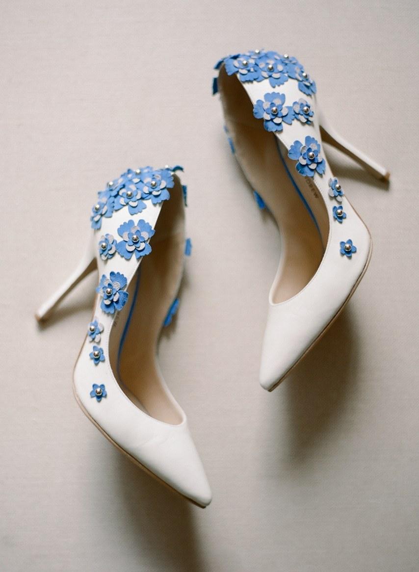 Statement παπούτσια για κοντά νυφικά