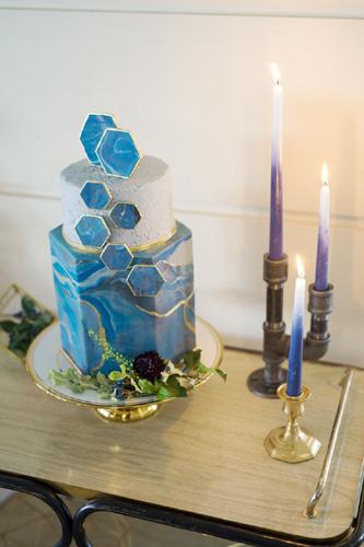 Το topper της γαμήλιας τούρτας