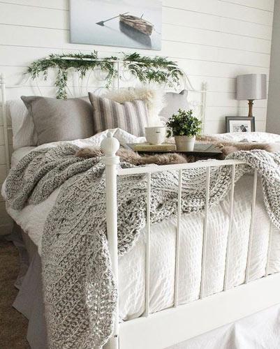 Ντύστε το κεφαλάρι του κρεβατιού σας