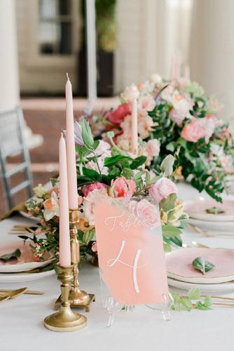 Ροζ κεριά