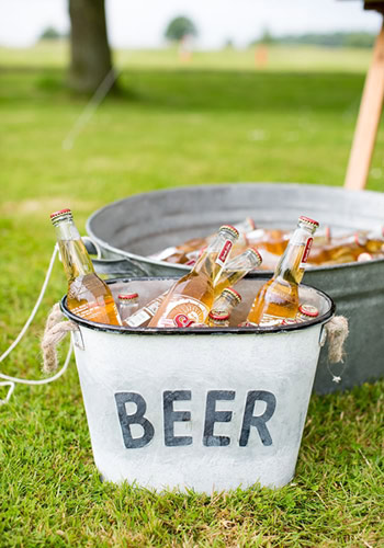 Μπύρα με τον κουβά