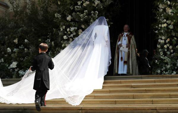 6ca2a71a7bb Τα πάντα για τον παραμυθένιο γάμο του πρίγκιπα Χάρι και της Μέγκαν ...