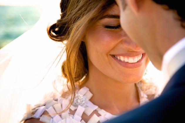 Χαμογέλα αληθινά για τον γάμο σου.